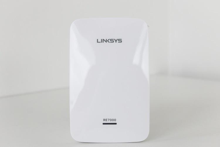 Linksys-Max-Stream-RE7000_MG_9933