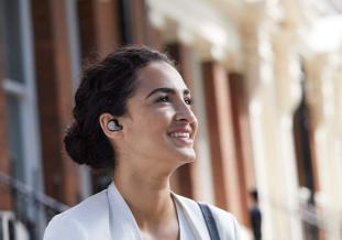 Screenshot_2019-08-20 Jabra Elite 65t True Wireless Earbuds Charging Case Titanium Black