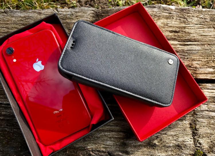 Screenshot_2019-08-25 Test de l'étui housse portefeuille Noreve en cuir pour iPhone (version XR) ajusté, élégant et unique