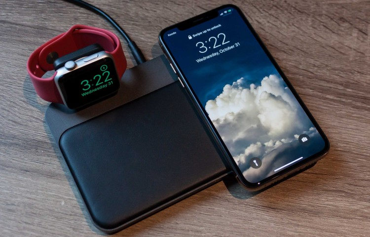base-station-apple-watch-iphone-xs
