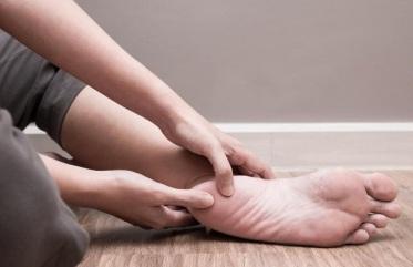 Massaging-Foot