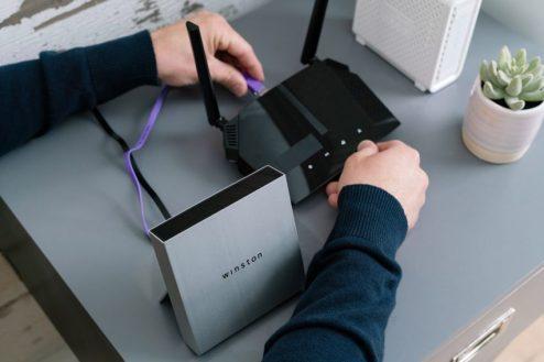 winston-modem-filter-device-privacy-vpn-ad-block-technology_dezeen_2364_col_21-852x568